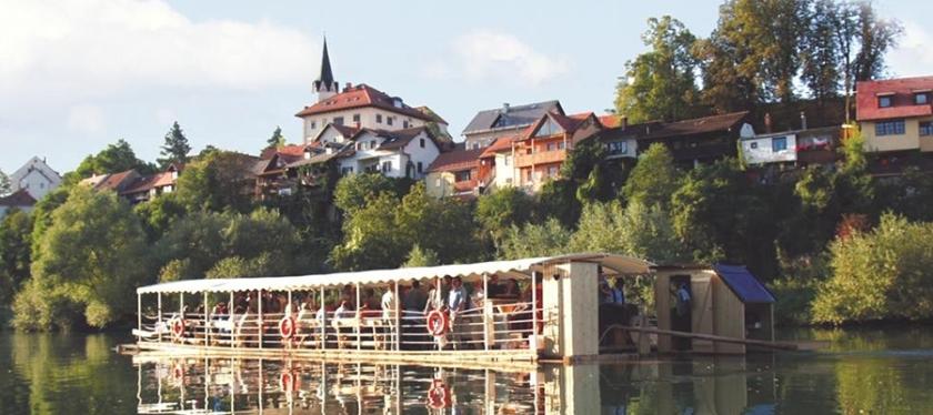 Reka Krka_pogled na mesto
