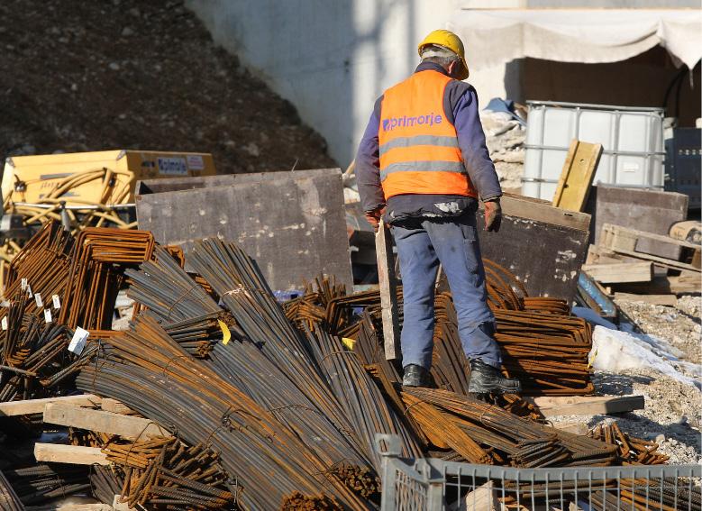 delavec gradbeni
