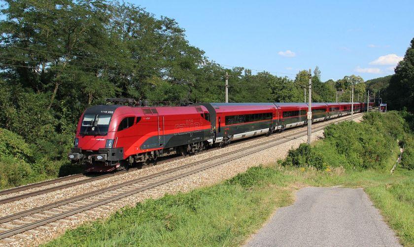 Avstrijski vlak za prevoz ponikov