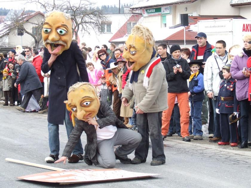 Butalci maske Cerknica
