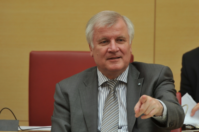 Horst Seehofer novi nemški notranji minister in prvak bavarske CSU