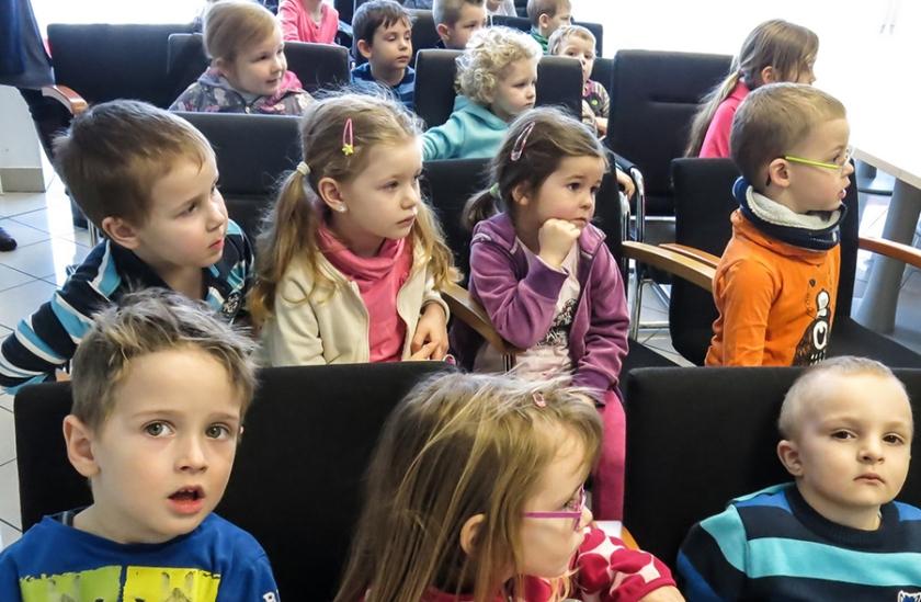 Otroci na prireditvi prometno vzgojne akcija za najmlajše_Foto_Janez Platiše