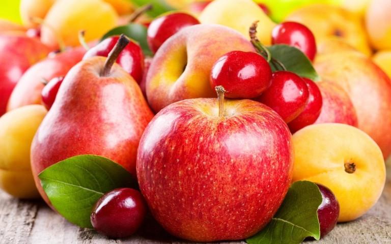 Jabolke in hruške