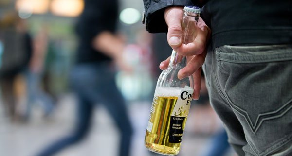 Čas popivanja na javnem mesti v dunajskem Pratersternu se izteče 27. 4. 2018