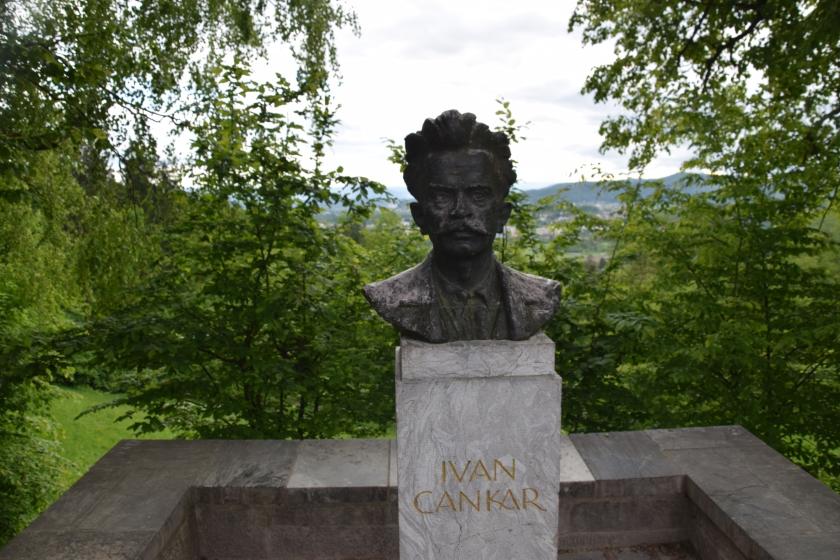 Doprstni spomenik Ivana Cankarja na Rožniku