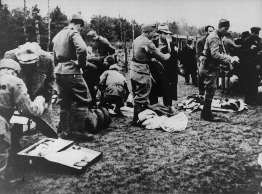 Ob prihodu taboriščnikov v Jesenovac