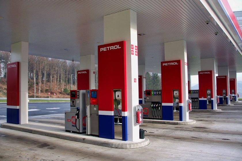 Petrol črpalka