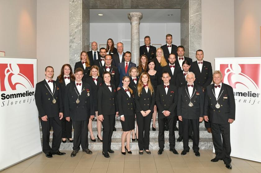 Društvo za razvoj pivske kulture Sommelier Slovenije podelili diplome 2. stopnje 26 someljejem