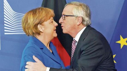 Angela Merkel in Juncker
