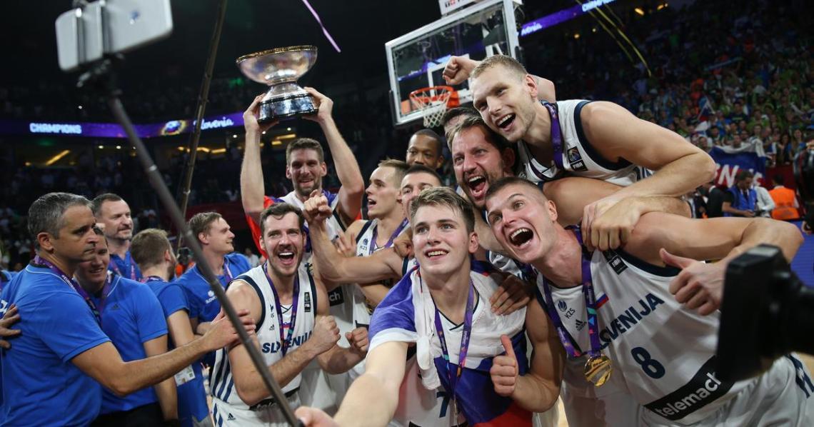 Slovenski košarkarji na EP 2017 kot zmagovalci
