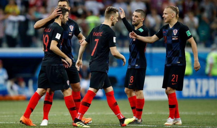 hrvaški nogometaši po zmagi nad Rusijo po streljanju enajstmetrovk 4:3 za Hrvate