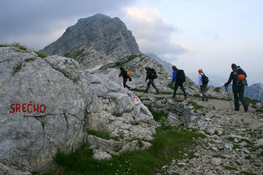 Kako ravnati, če nas v gorah ujame nevihta ali se izgubimo (foto Manca Čujež)