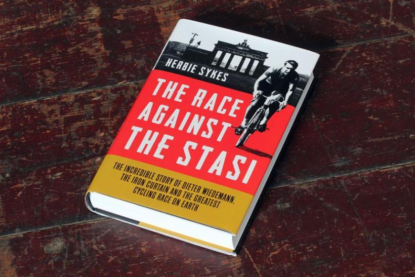 knjiga o organizaciji NDR STASI