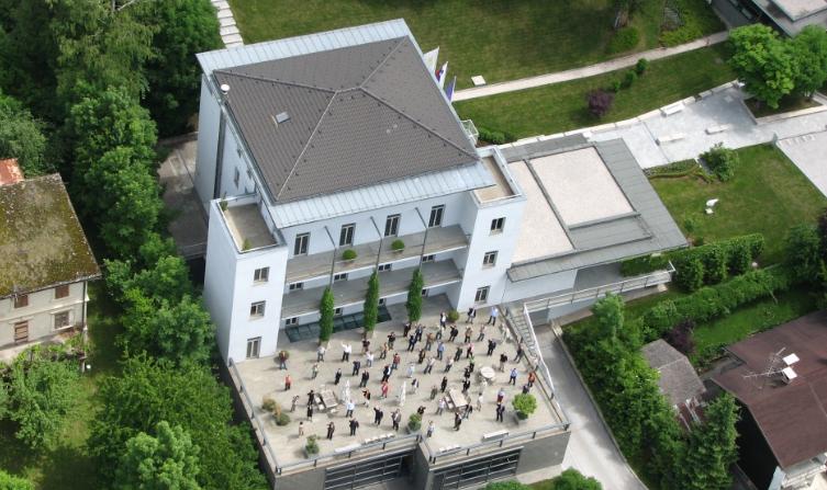 IEDC poslovna šola Bled