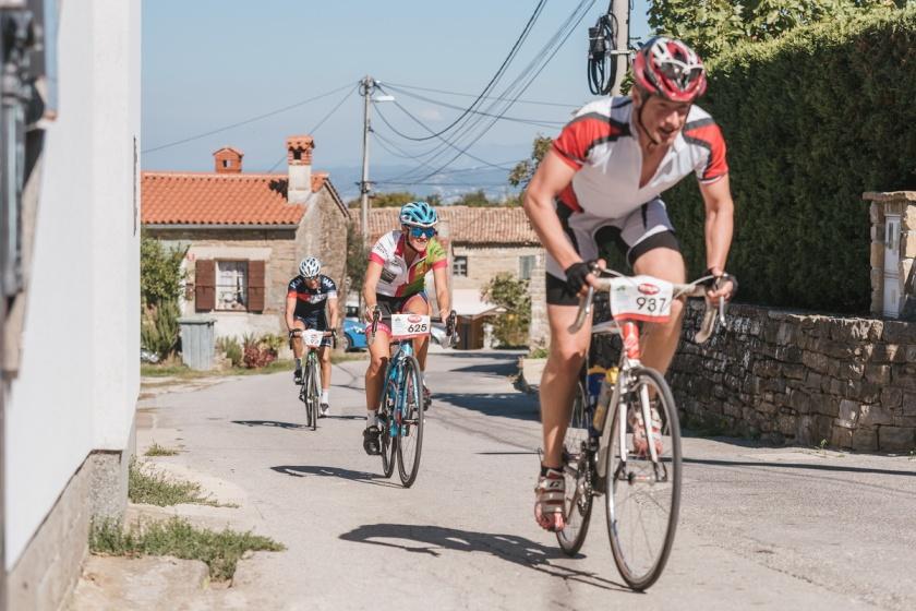 Na Istrskem kolesarskem maratonu/arhivska fotografija organizatorja