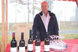 Obiskovalce so pogostili lokalni vinarji.3