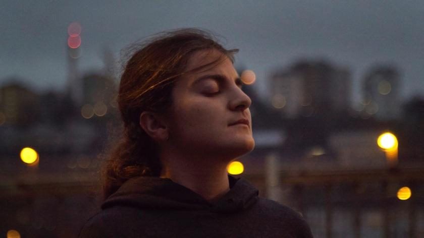Z aplikacijo Facing Emotions Huawei pomaga slepim »videti« čustva bližnjih