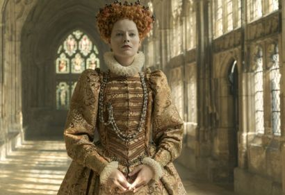 4113_D011_00217_R Margot Robbie stars as Queen Elizabeth I in MARY QUEEN OF SCOTS, a Focus Features release.Credit: Liam Daniel / Focus Features