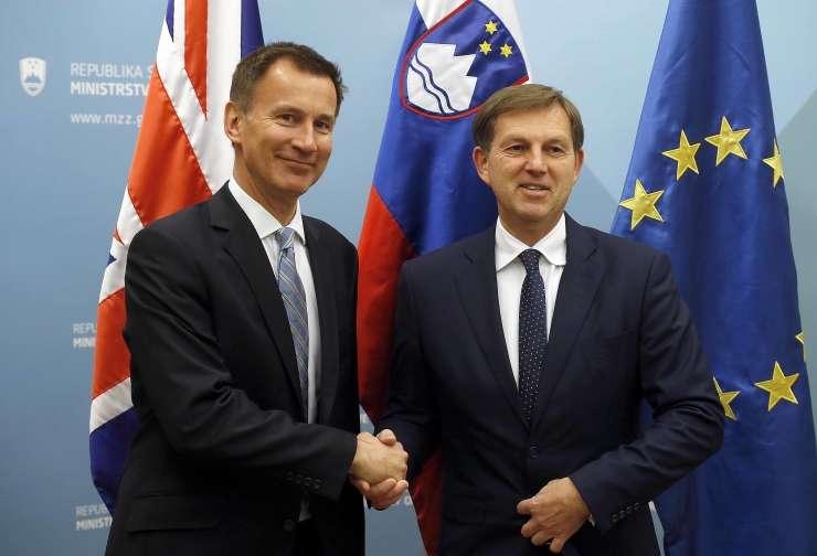 Britanski zunanji minister Hunt in slovenski zunanji minister Cerar