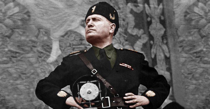 Benito Amilcare Andrea Mussolini, italijanski fašistični diktator, * 29. julij 1883, Dova di Predappio, Emilija - Romanja, Kraljevina Italija, † 28. april 1945, Milano, Italija.