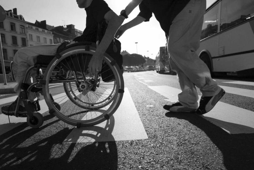 invalid na cesti