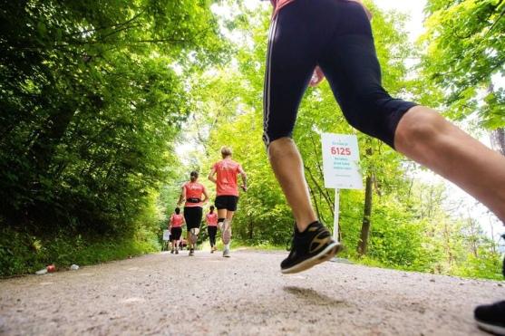 Tekačice so tekaške korake donirale iniciativi Združimo korake/Foto: press/pristop.si