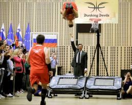 Zabijanje s predsednikom Pahorjem_foto Urad predsednika RS