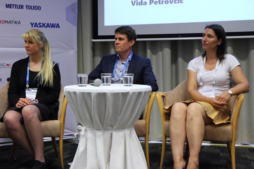 Dora Domajnko, Igor Verstovšek in Martina Gajšek (od leve proti desni)
