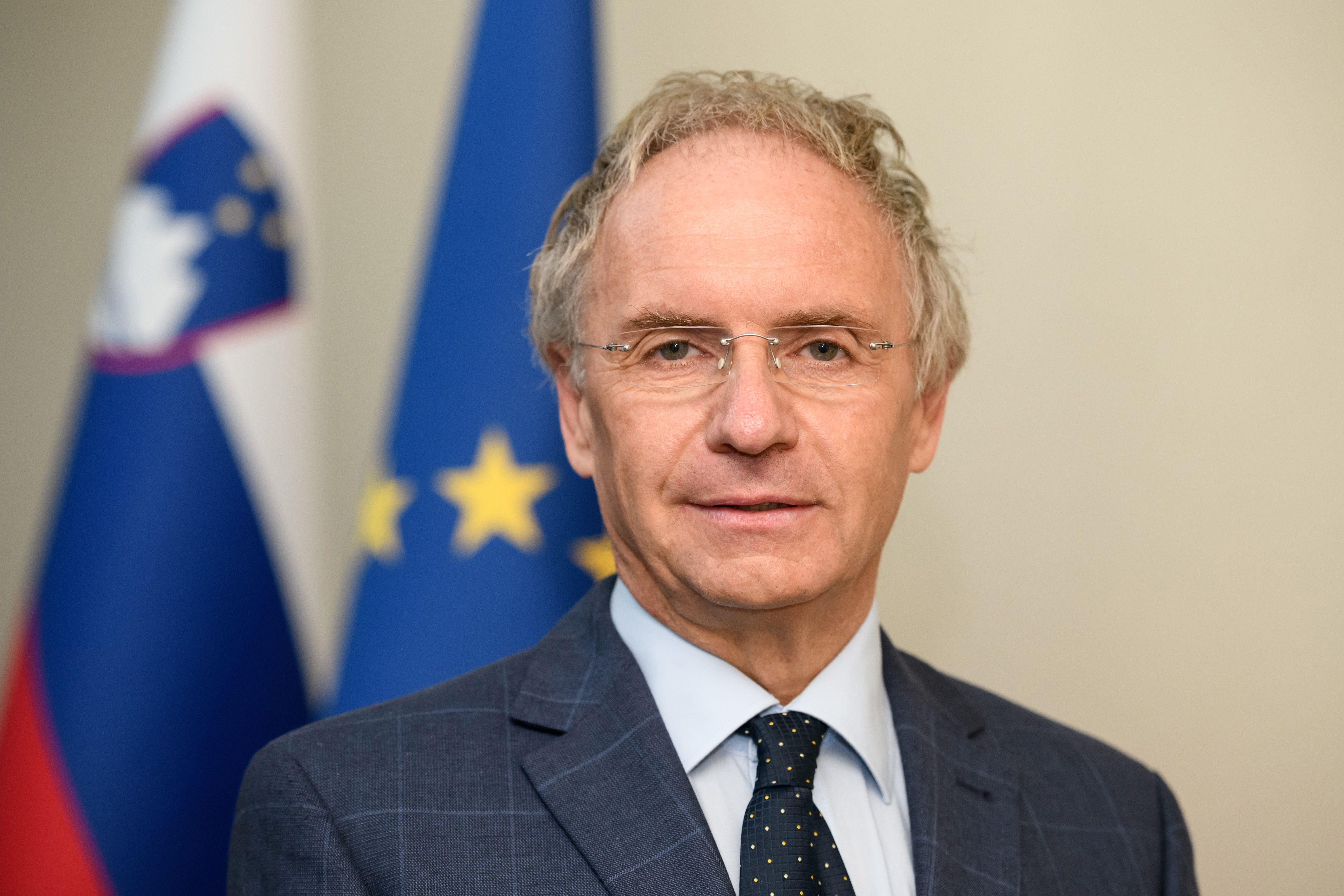 Aleš Hojs, minister Ministrstvo za notranje zadeve